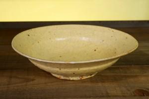 工藤 和彦 黄粉引6寸皿 3,780円(税込)