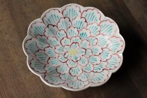 赤地 径 赤絵牡丹文輪花皿 4,830円(税込)